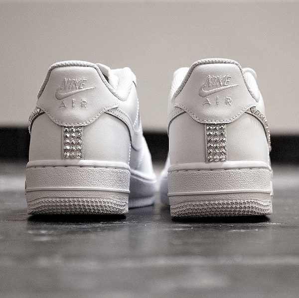 chaussures customisées Nike Air Force 1 One Swarovski double g customs shoes chaussures personnalisése
