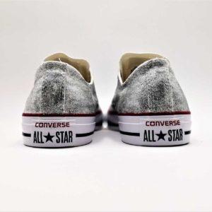 Chaussures customisées par Double G Customs, Converse Glitter Silver. Des chaussures personnalisées avec des paillettes argent