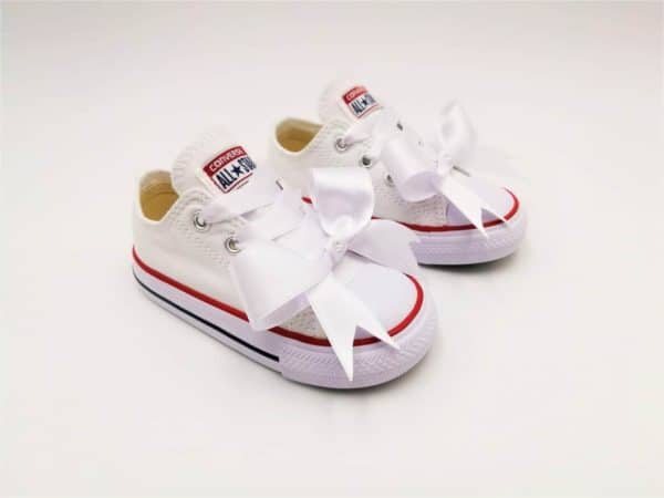 Converse Baby Fairy par Double G Customs