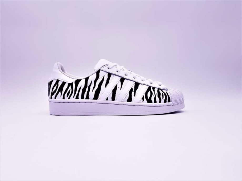 adidas-superstar-zebra-double-g-customs (2)