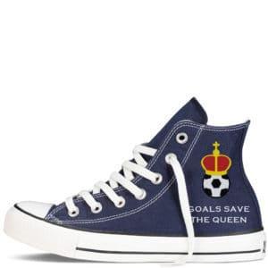 Custom sneakers converse England supporter 2018 réalisées par Double G Customs. Chaussures personnalisées pour les supporters anglais de football.
