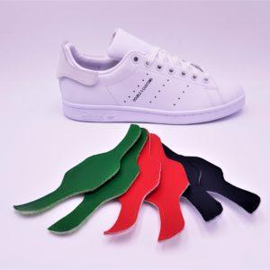Les Adidas Stan Smith Patch Interchangeable, des Adidas Stan Smith avec les patchs arrières interchangeables. Une paire de Stan Smith, des centaines de possibilités! Double G Customs, créateur de chaussures customisées sur mesure. Adidas Stan Smith Patch interchangeable avec le pack de patch basic: rouge, bleu marine, vert.