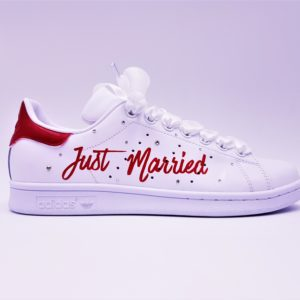 d2dee7c0674 ... The Adidas Stan Smith Just married are made with Swarovski rhinestones  and satin laces for weddings
