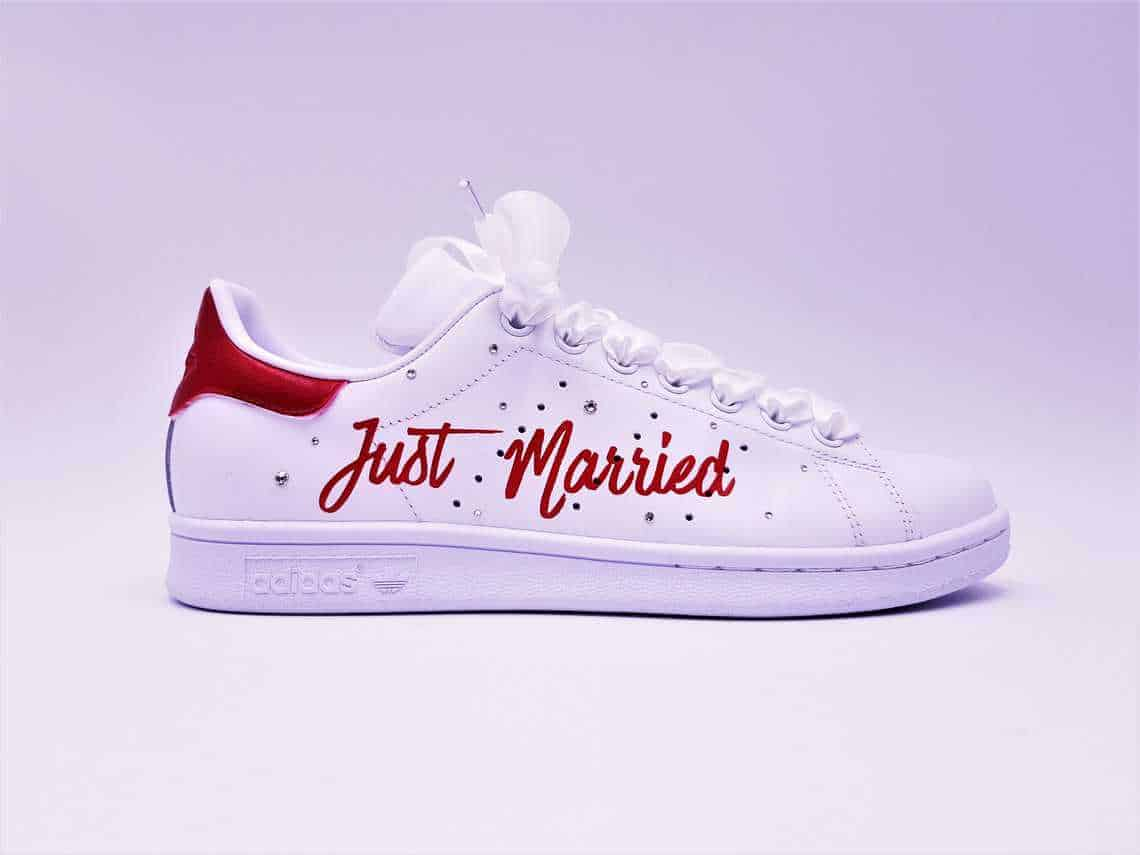 The Adidas Stan Smith Just married are made with Swarovski rhinestones and  satin laces for weddings 9b3331b8b
