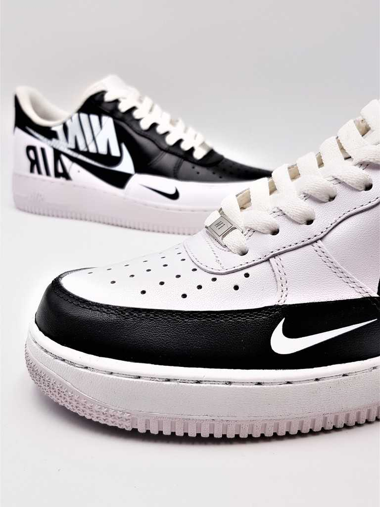 Double G LAB a créé la Nike Air Force 1 Rervese, une paire inversée customisée par Double G Customs.