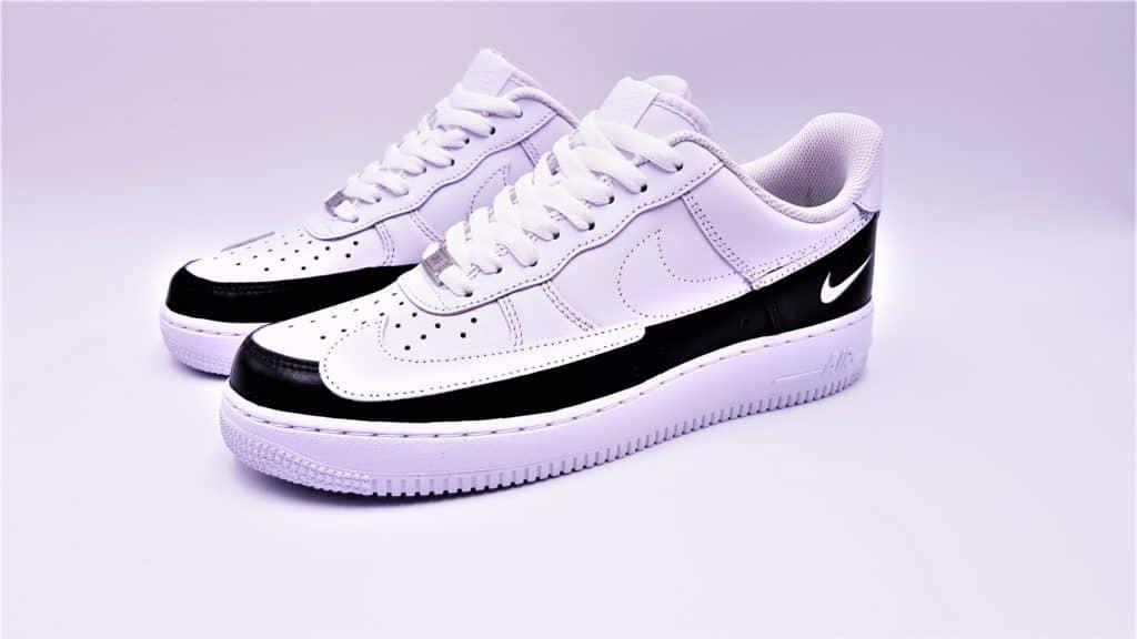 Double G LAB a réalisé les Nike Air Force 1 Dual Ton en déplacant le Swoosh et en scindant la paire en 2 partie monochrome. Double G LAB, création de paire Design Footwear pour Double G Customs.