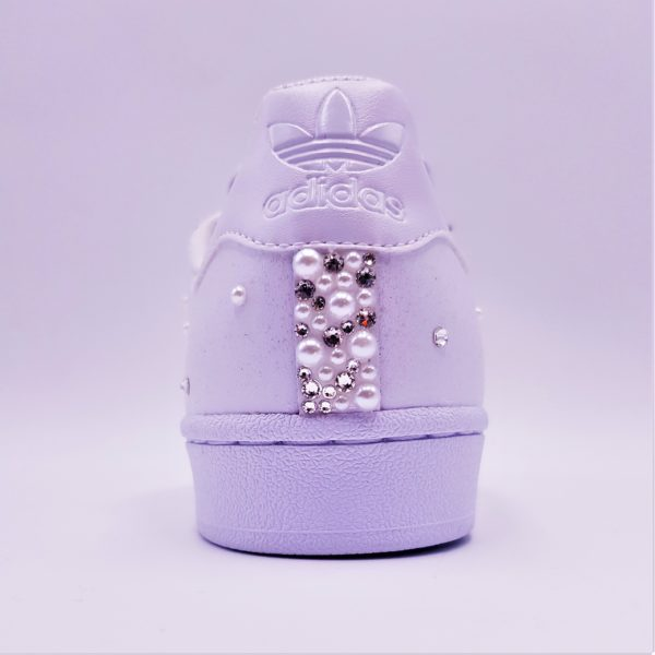 Chaussures custom, Adidas Superstar Pearl pour les mariage par Double G Customs, artiste créateur de chaussures personnalisées pour les mariages.