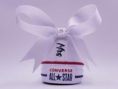 converse Mrs Mariage réalisées par double g customs, customisation de chaussures de mariage personnalisées
