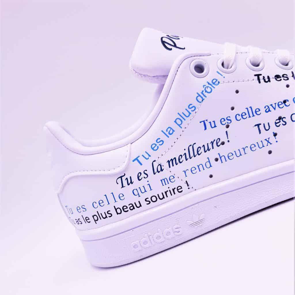 Chaussures personnalisées double g customs pour une demande en mariage originale avec des chaussures