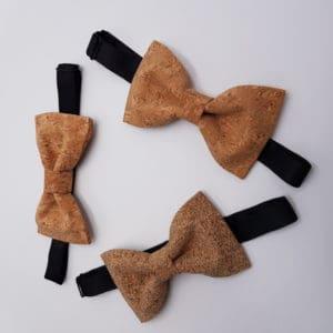 noeud papillon en liège pour les mariages chez Double G Customs, atelier de customisation pour les chaussures.