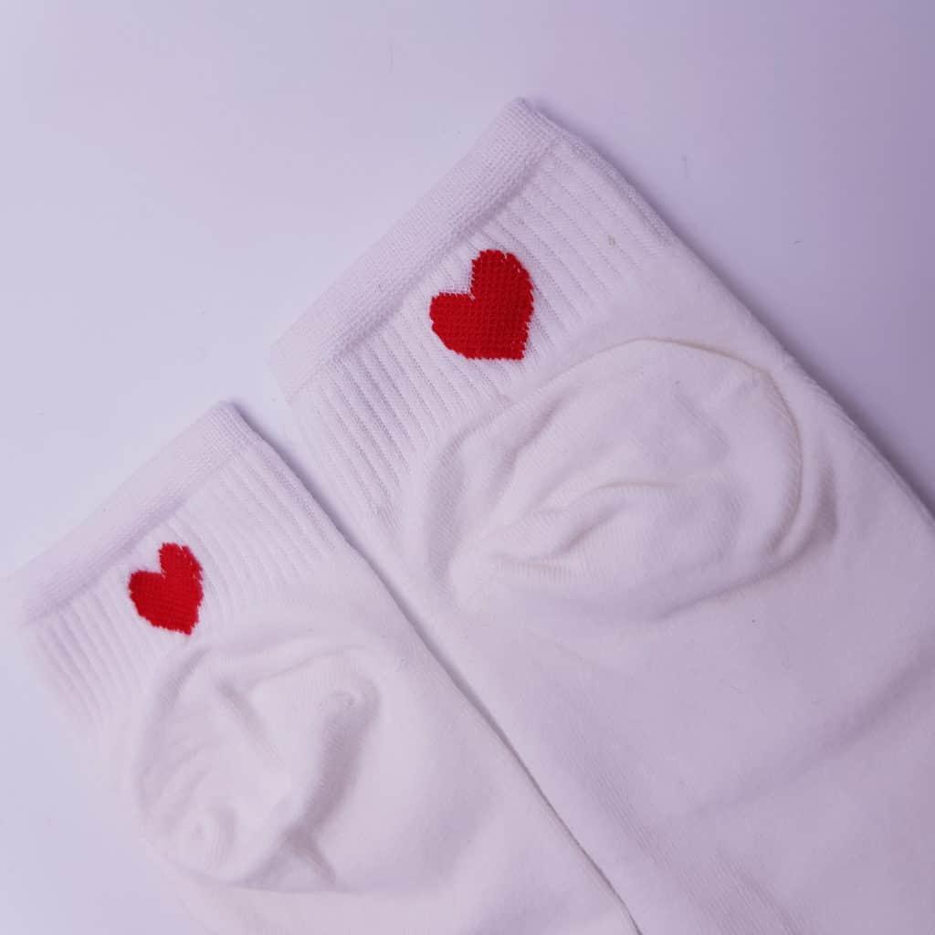 Socquettes avec coeur à l'arrière pour les chaussures personnalisées de Double G Customs