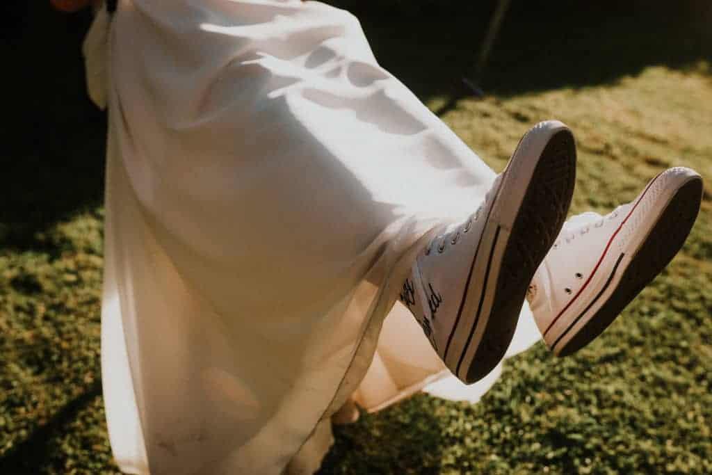 Un mariage en Converse Just Married, un concept original et décalé par Double G Customs.