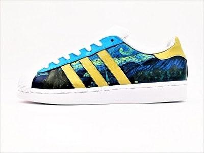 Adidas Superstar Van Gogh La nuit étoilée par Double G Customs, chaussures customisées à la main par l'artiste Double G Customs, créateur de chaussures personnalisées sur mesure en Belgique